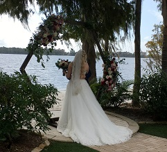 Destination wedding Paradise Cove